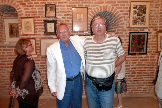 colectionarul Alexandru Mărculescu si pictorul Dan Constantinescu